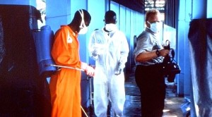 12737_phil_disinfection_ebola_outbreak_1995